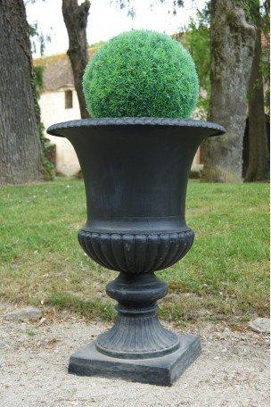 Vase Médicis en fonte noir Mat